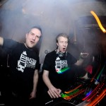 13-04-12-electrikk-chair-vol4-11_1