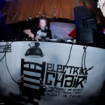 13-04-12-electrikk-chair-vol4-17